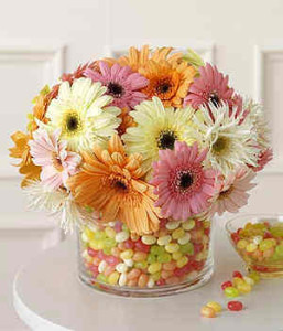 jelly-bean-centerpiece-flowers-baby-shower