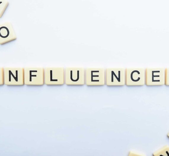 How to stimulate eCommerce spending through social media and influencer marketing?
